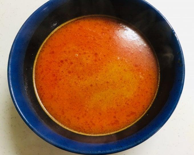 液体スープをお湯でとかしたもの